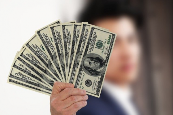 Kredyt gotówkowy – jak wybrać i co trzeba wiedzieć?