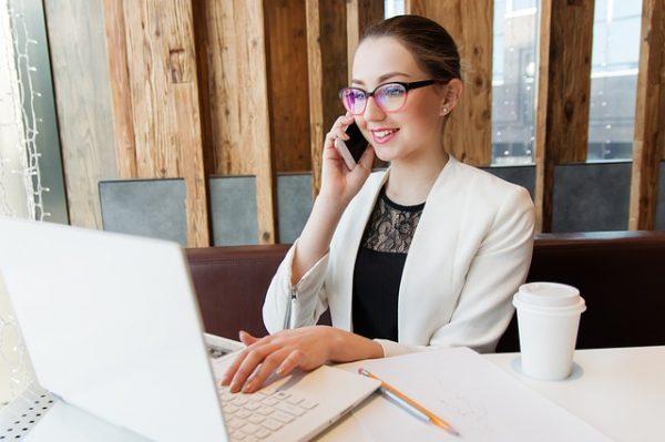 Pożyczka pozabankowa online – co odróżnia ją od kredytu?